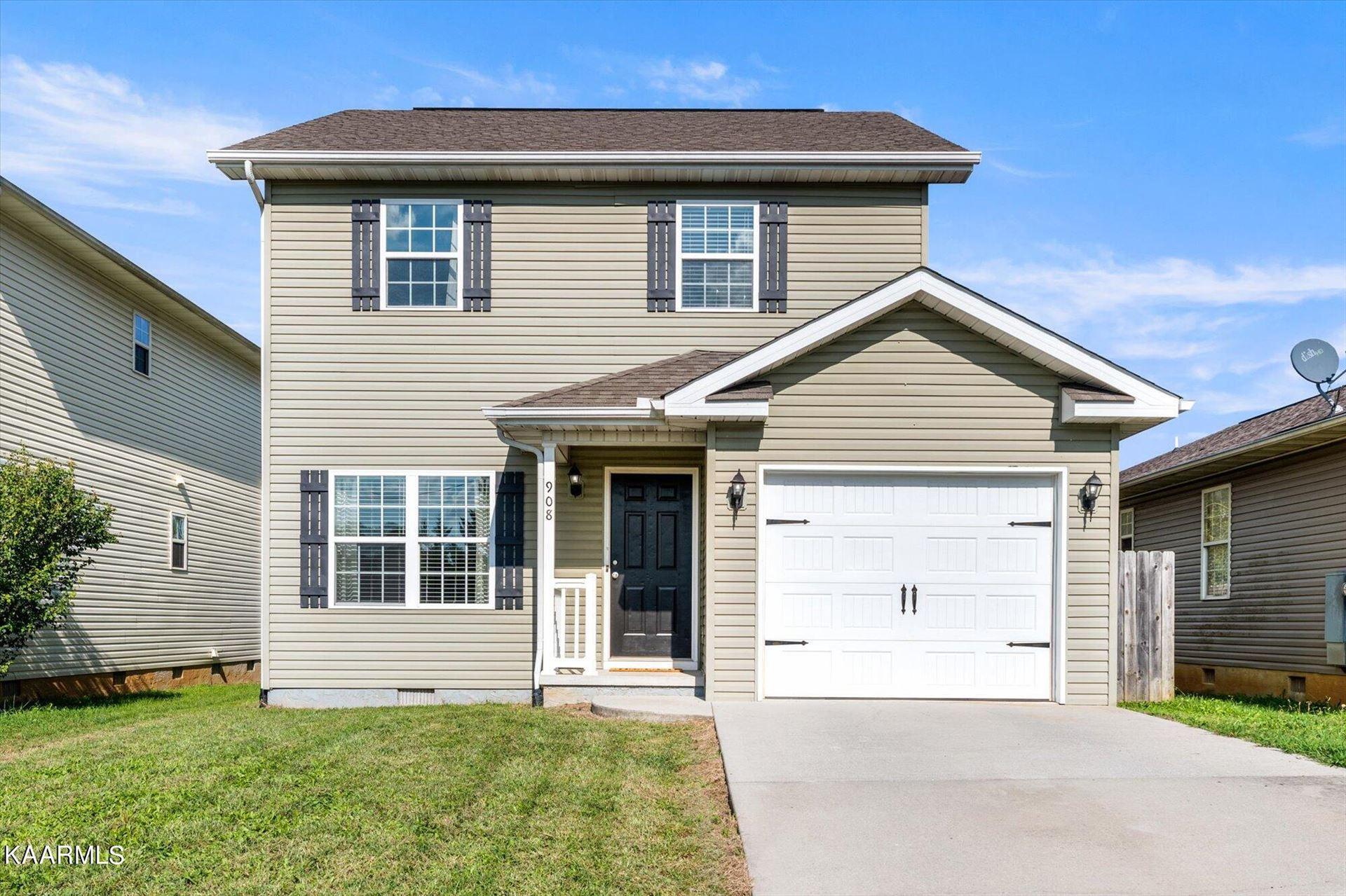 Photo of 908 Norwood Village Lane, Maryville, TN 37801 (MLS # 1171839)