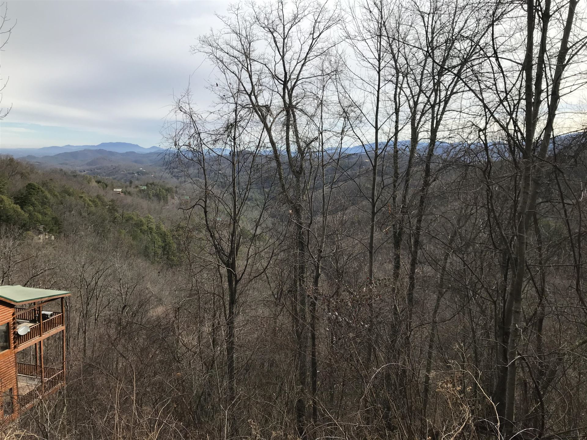 Photo of Overholt Tr, Sevierville, TN 37862 (MLS # 1140844)