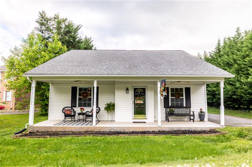Photo of 413 Sandy Springs Rd, Maryville, TN 37803 (MLS # 1151847)