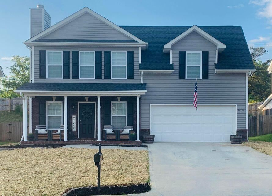 Photo of 815 Donahue Lane, Knoxville, TN 37920 (MLS # 1161849)
