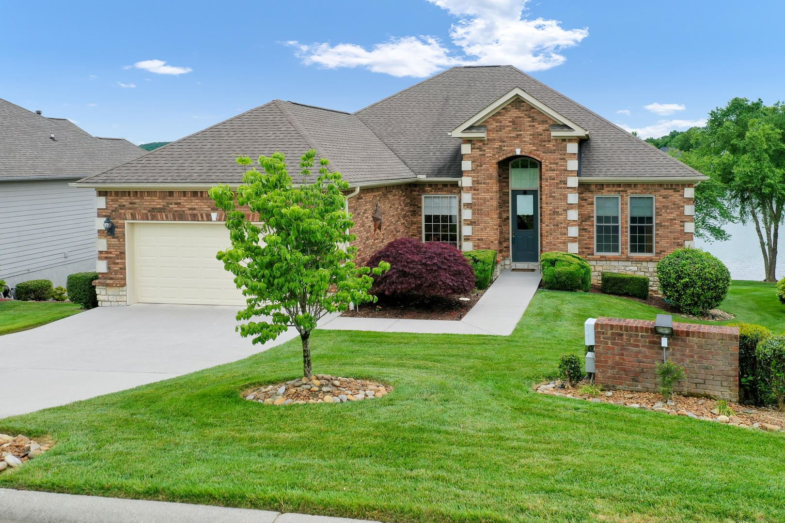 Photo for 241 Coyatee Shores, Loudon, TN 37774 (MLS # 1117850)