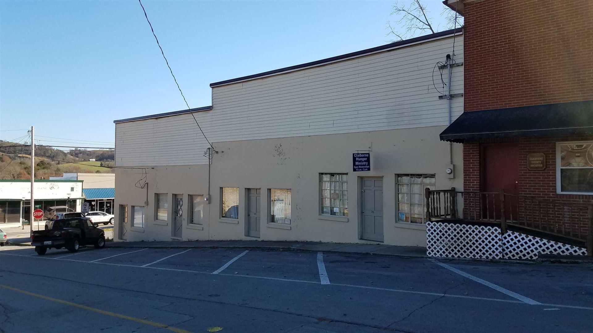 Photo of 207 Montgomery St, Tazewell, TN 37879 (MLS # 1135855)
