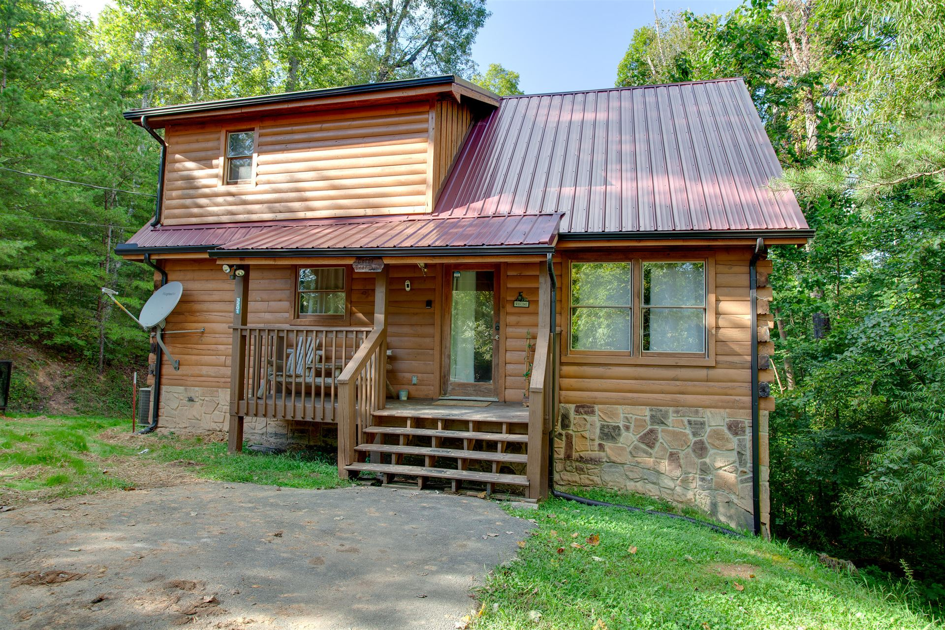 Photo of 3201 Bear Country Way, Sevierville, TN 37876 (MLS # 1166855)