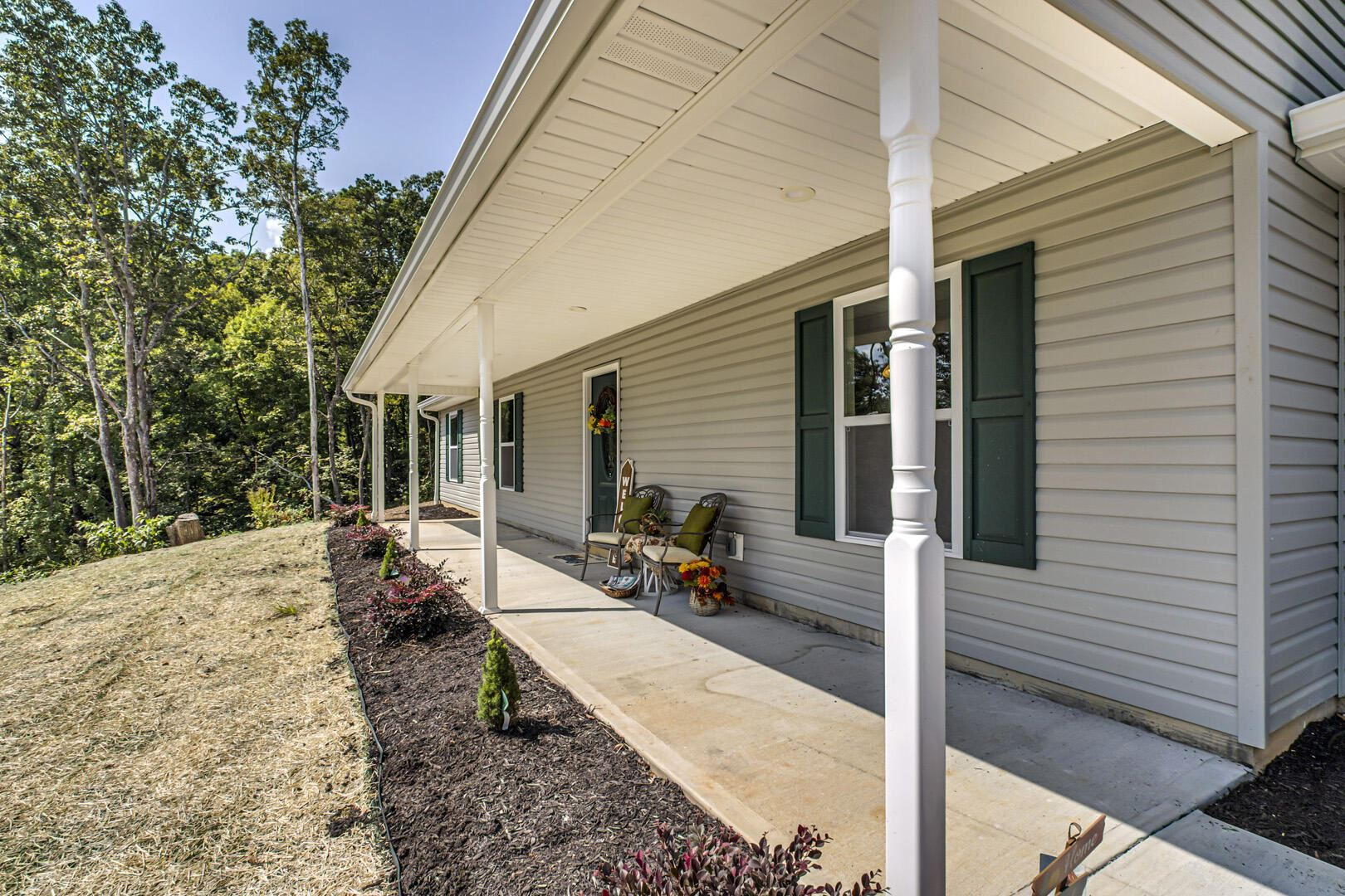 Photo of 142 Gator Lane, Clinton, TN 37716 (MLS # 1167855)