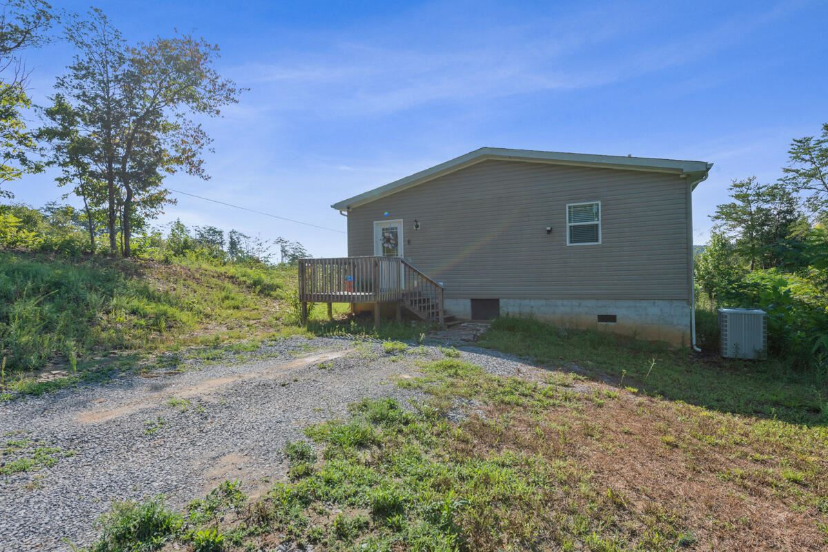 Photo of 1194 Sugar Loaf Rd, Sevierville, TN 37876 (MLS # 1166856)