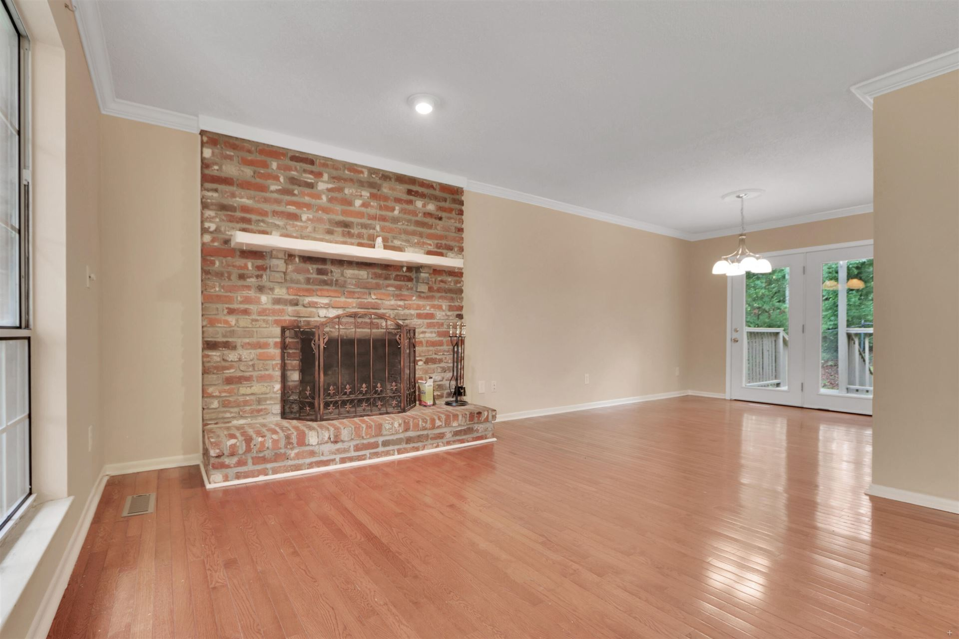 Photo of 1416 Lakeshire Drive, Knoxville, TN 37922 (MLS # 1167858)