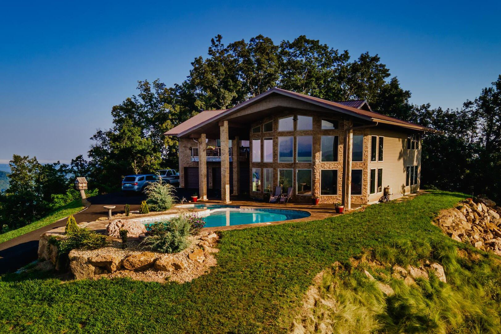 Photo of 3661 Richardson Cove Rd, Sevierville, TN 37876 (MLS # 1165860)