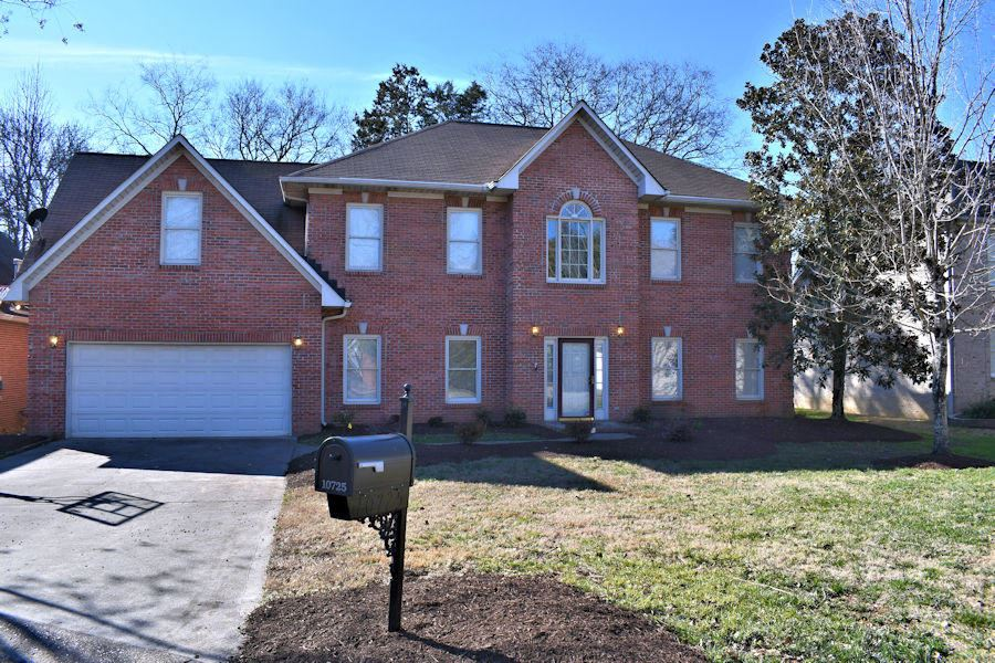 Photo of 10725 Rock Arbor Way, Knoxville, TN 37922 (MLS # 1140881)