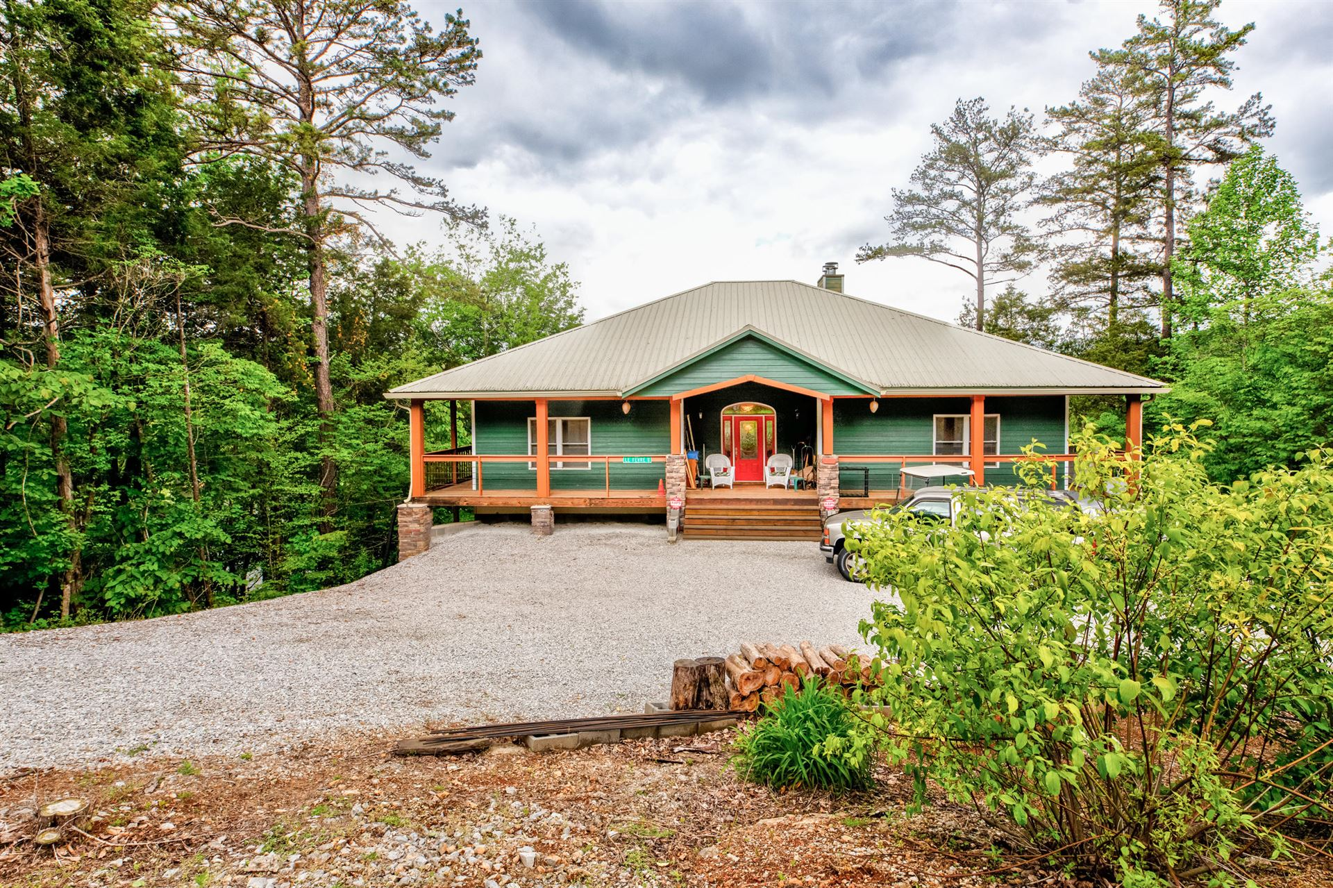 Photo for 501 E Norris Point Rd, LaFollette, TN 37766 (MLS # 1151886)