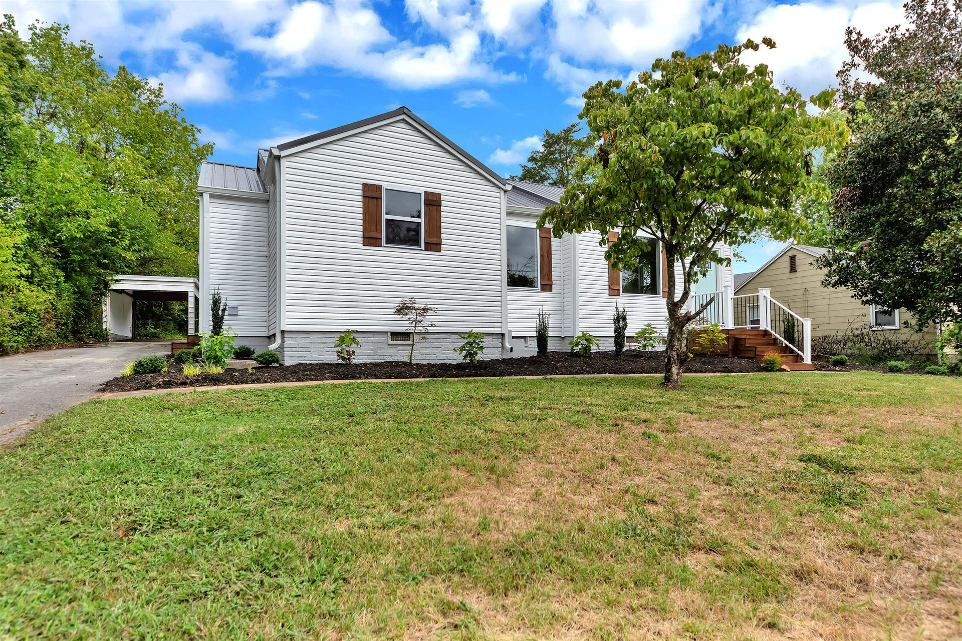 Photo of 109 Colonial Drive, Knoxville, TN 37920 (MLS # 1164891)