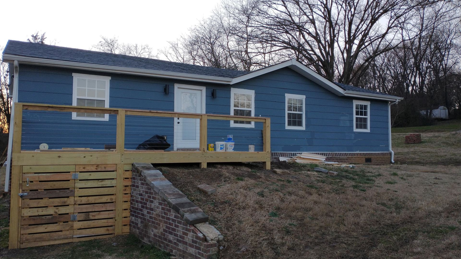 Photo of 2315 Birdsong St, Knoxville, TN 37915 (MLS # 1140892)