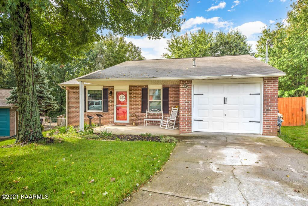 Photo of 6109 Bill Murray Lane, Knoxville, TN 37912 (MLS # 1170897)