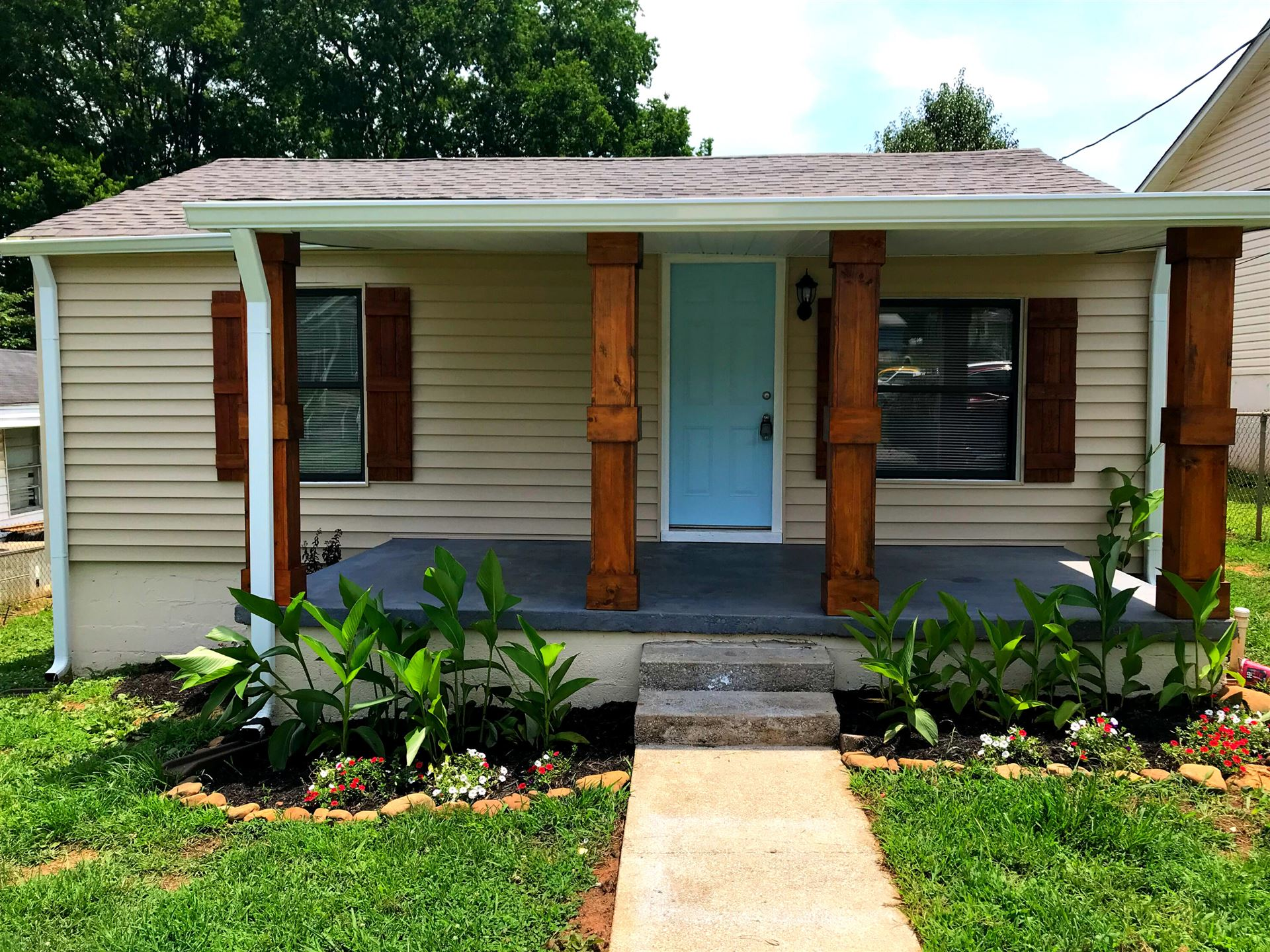 Photo of 806 Sidebrook Ave, Knoxville, TN 37921 (MLS # 1167898)