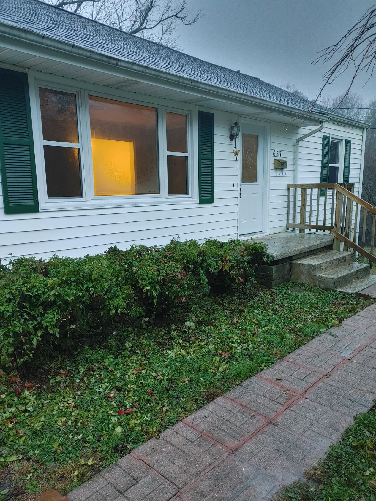 Photo of 657 Robertsville Rd, Oak Ridge, TN 37830 (MLS # 1138910)