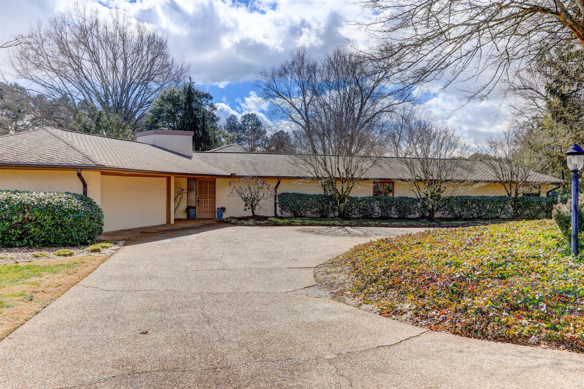 Photo of 12020 N Fox Den Drive, Knoxville, TN 37934 (MLS # 1143922)