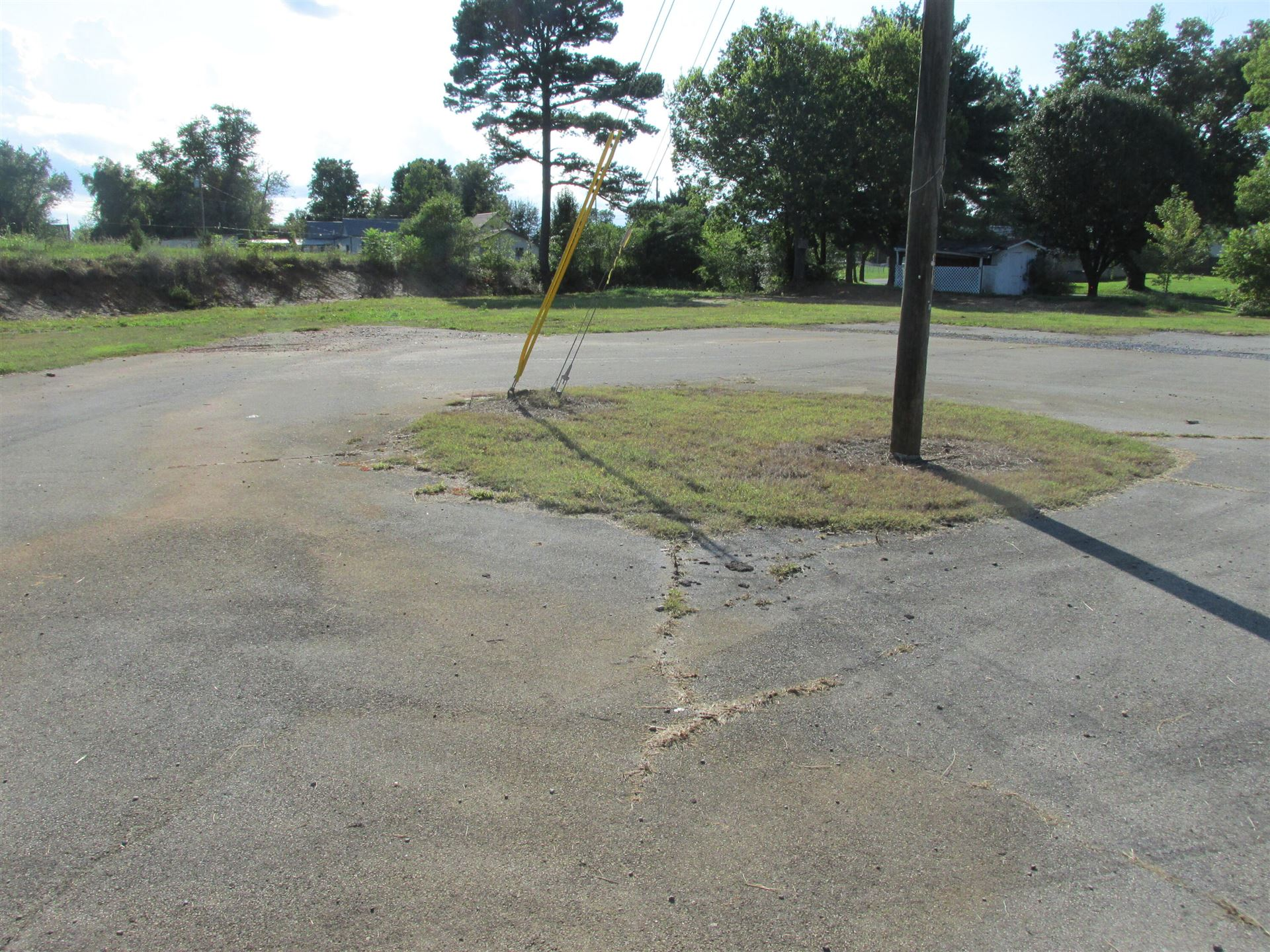Photo of 650 Highway 95 S, Greenback, TN 37742 (MLS # 1164930)