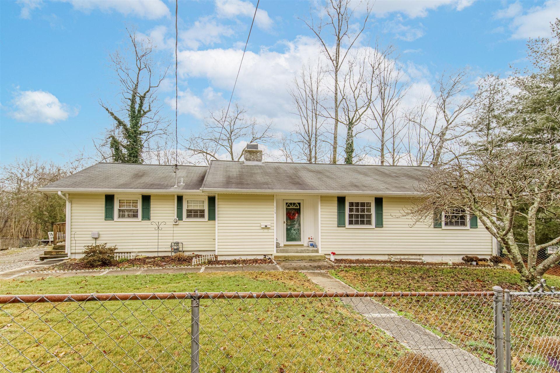 Photo of 115 Pomona Rd, Oak Ridge, TN 37830 (MLS # 1139941)
