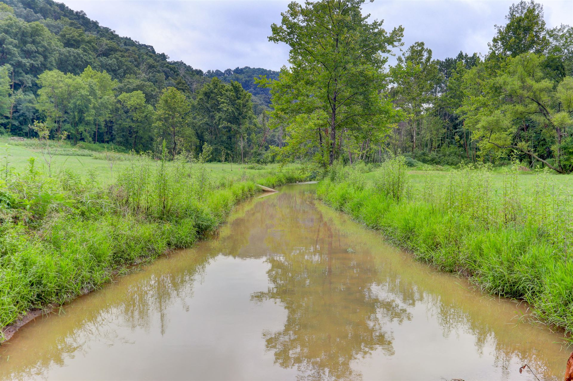 Photo of 2062 Lake City Hwy, Clinton, TN 37716 (MLS # 1127945)