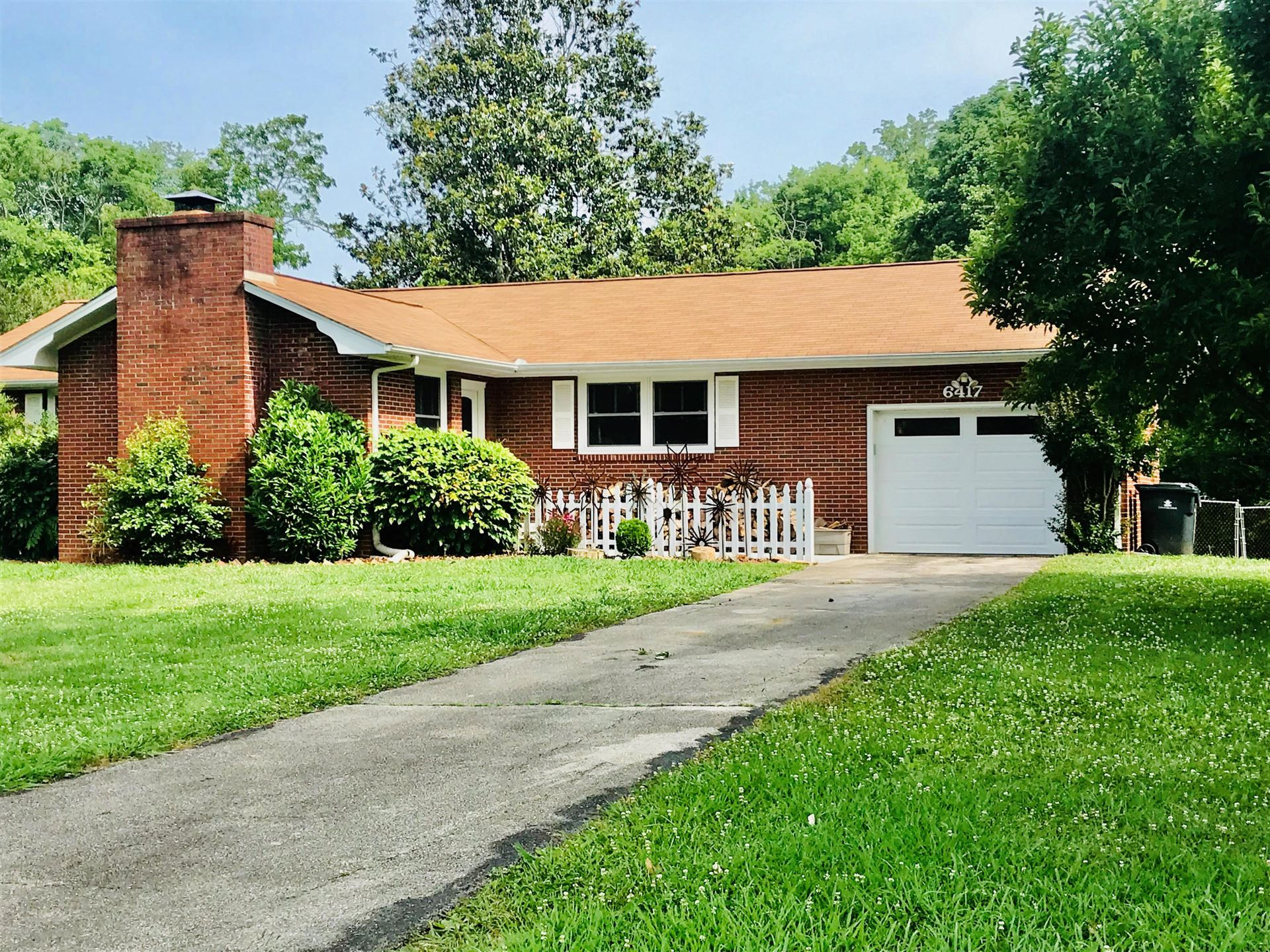 Photo of 6417 Shetland Drive, Knoxville, TN 37920 (MLS # 1140949)