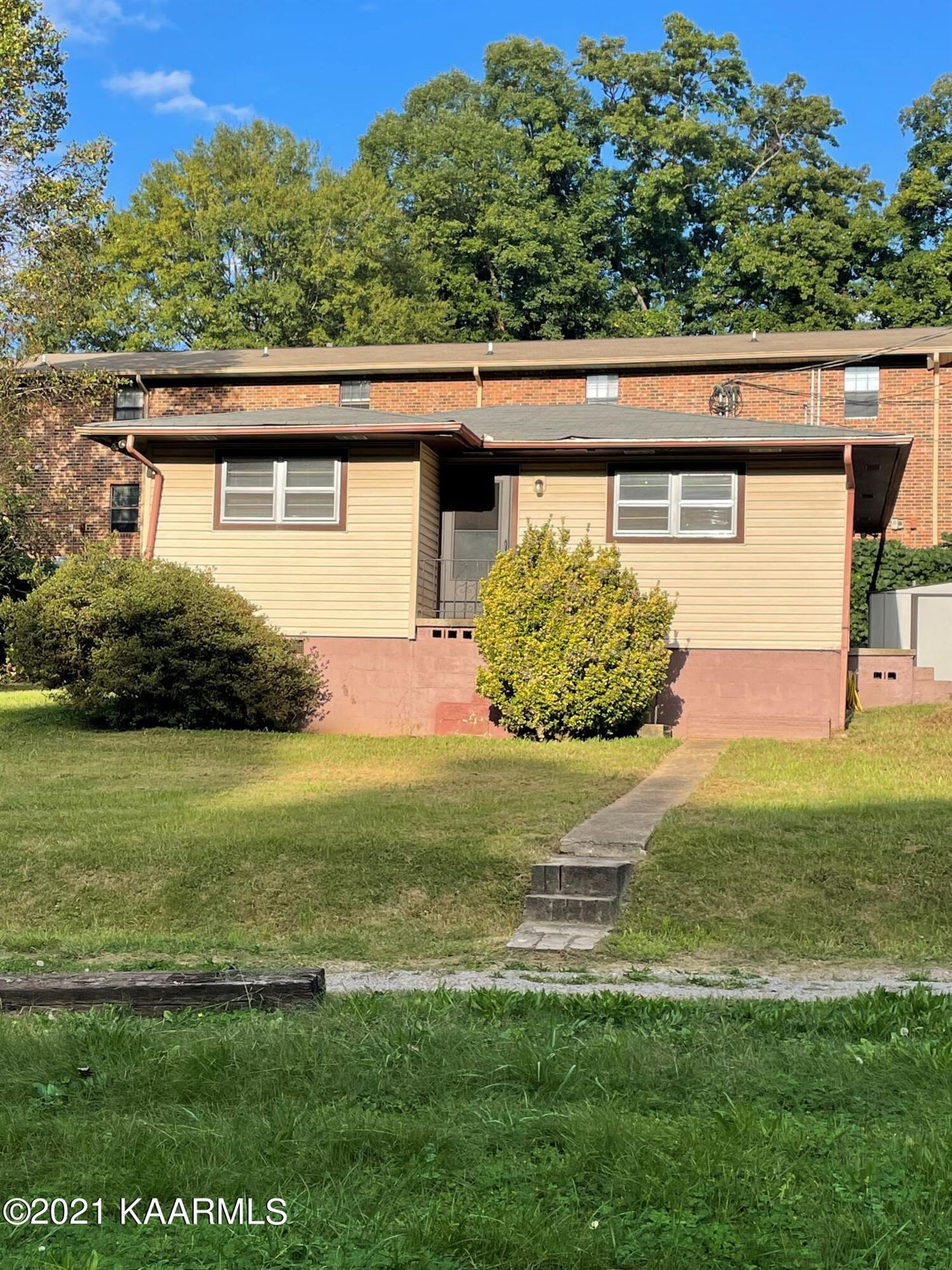 Photo of 212 Gayview Drive, Knoxville, TN 37920 (MLS # 1170956)