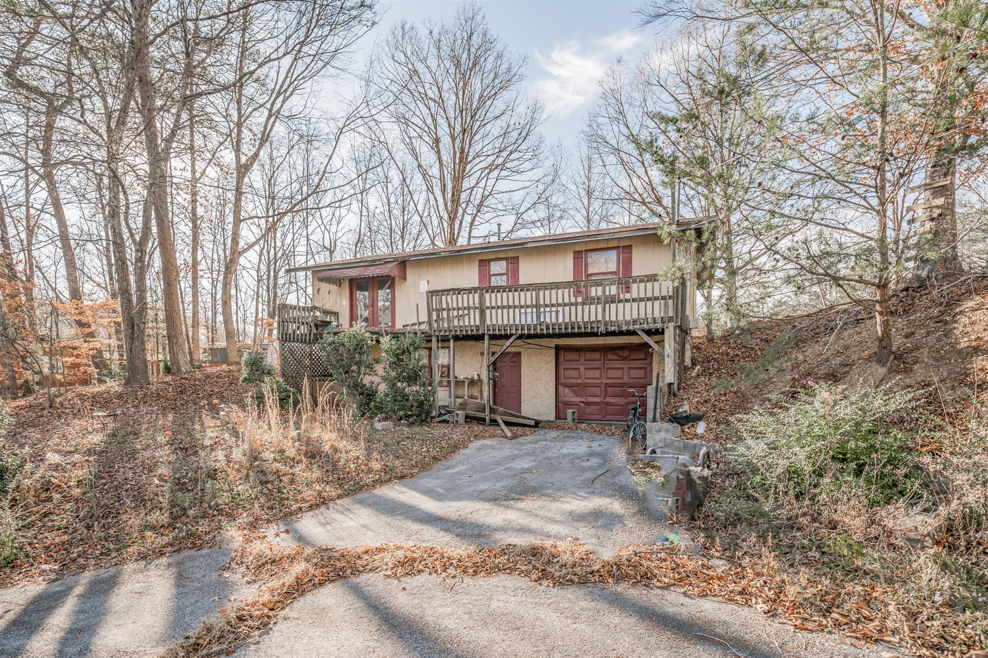 Photo of 2122 Hickory Manor Rd, Sevierville, TN 37862 (MLS # 1140968)