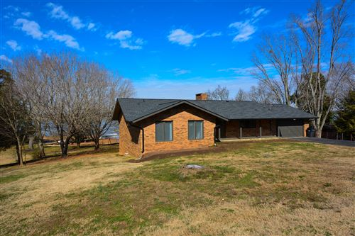 Photo of 1109 Leona Drive, Lenoir City, TN 37772 (MLS # 1142976)
