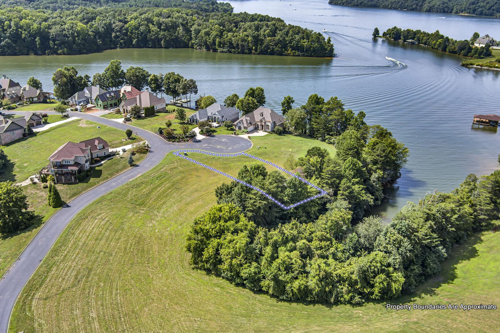 Photo for 110 Red Robin Lane, Vonore, TN 37885 (MLS # 1143979)
