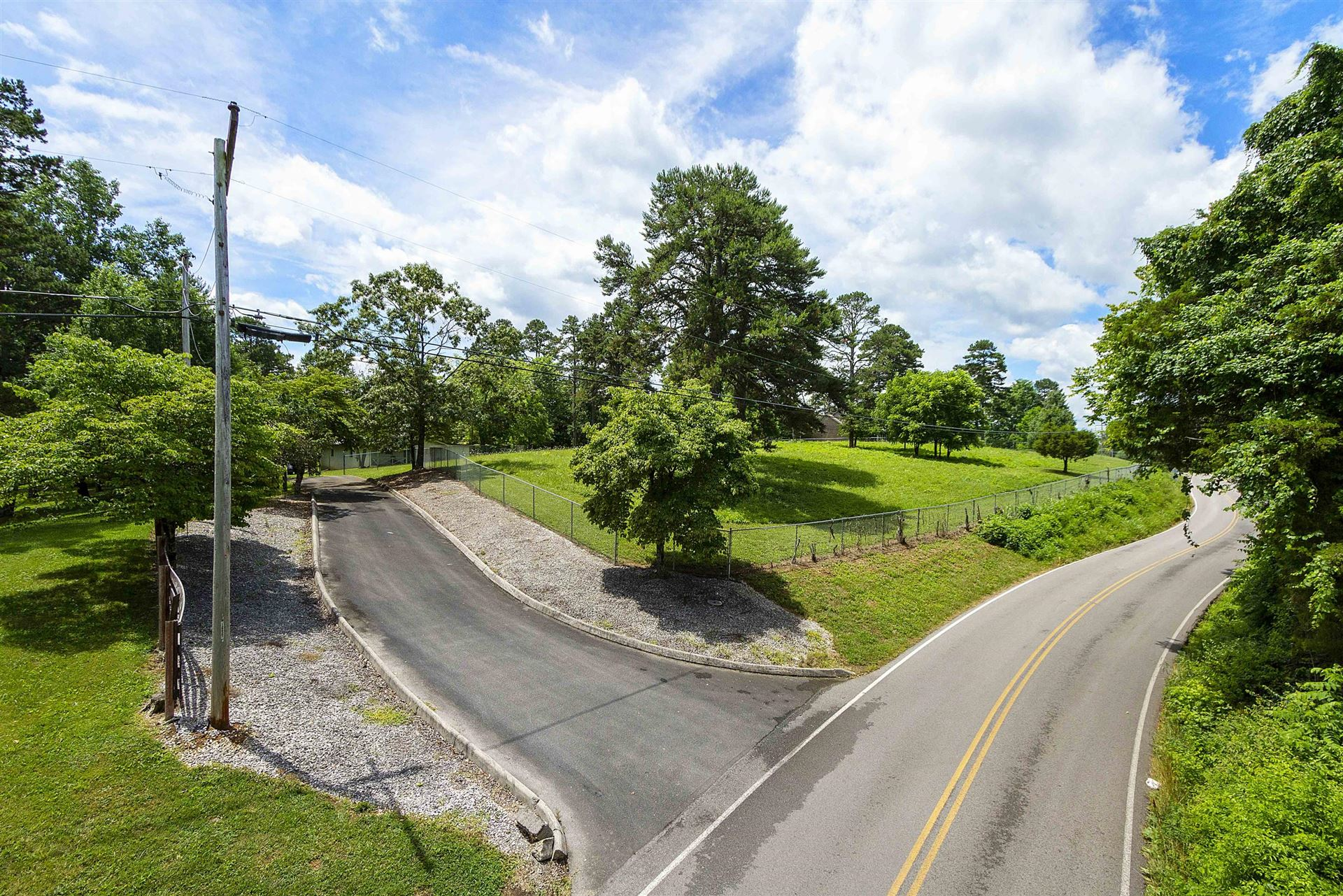 Photo of 4044 Old Midway Rd, Lenoir City, TN 37772 (MLS # 1157980)