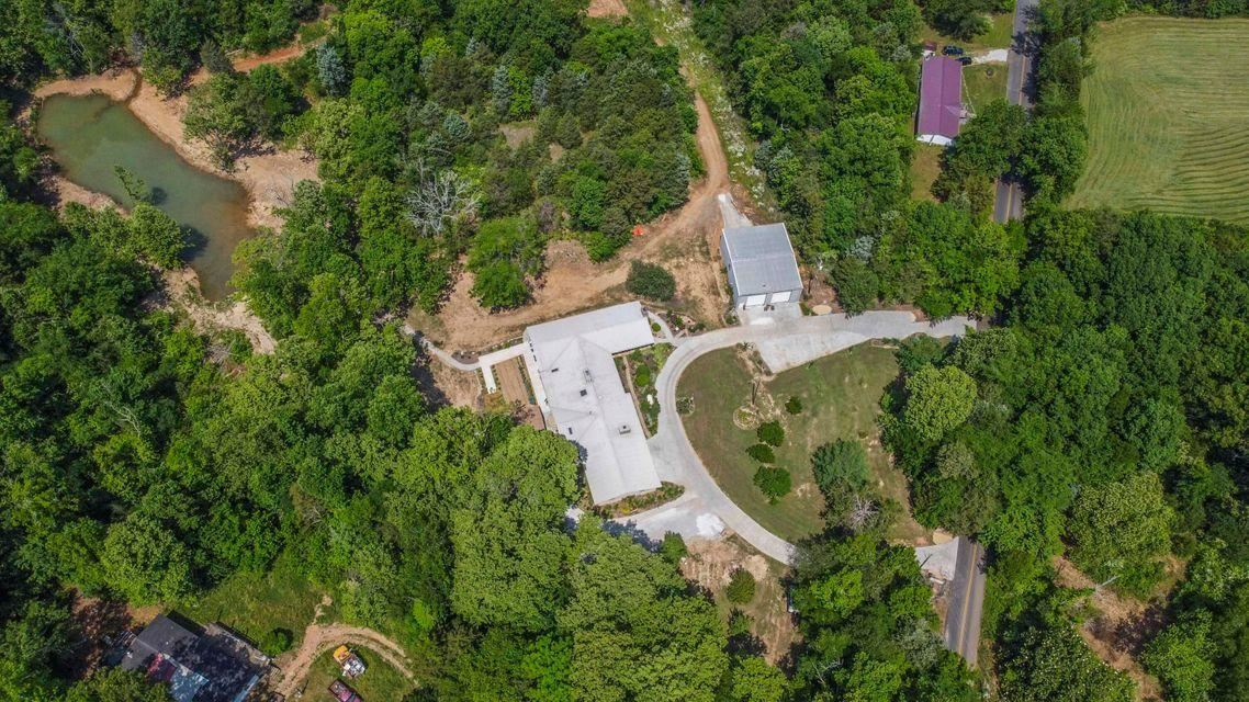 Photo of 104 Grigsby Hollow Rd, Kingston, TN 37763 (MLS # 1161989)