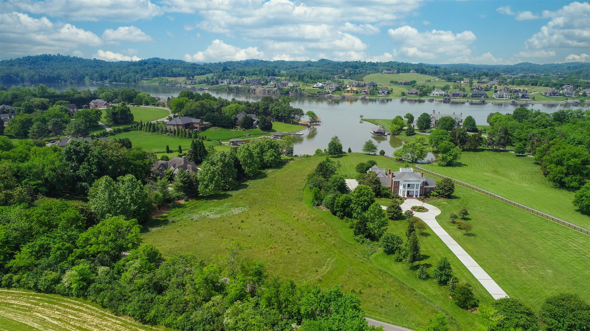 Photo for 3103 Tooles Bend Rd, Knoxville, TN 37922 (MLS # 1142990)