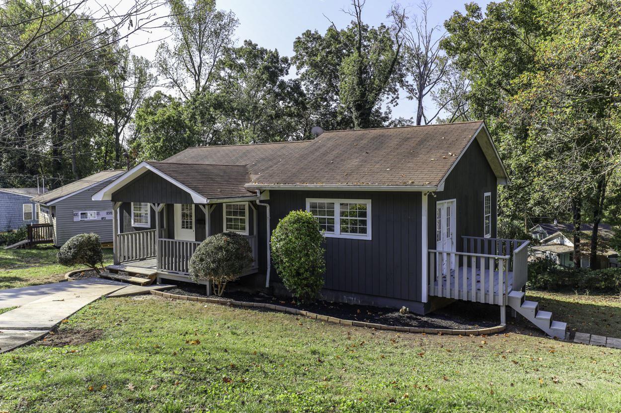 Photo of 135 Wainwright Rd, Oak Ridge, TN 37830 (MLS # 1132997)