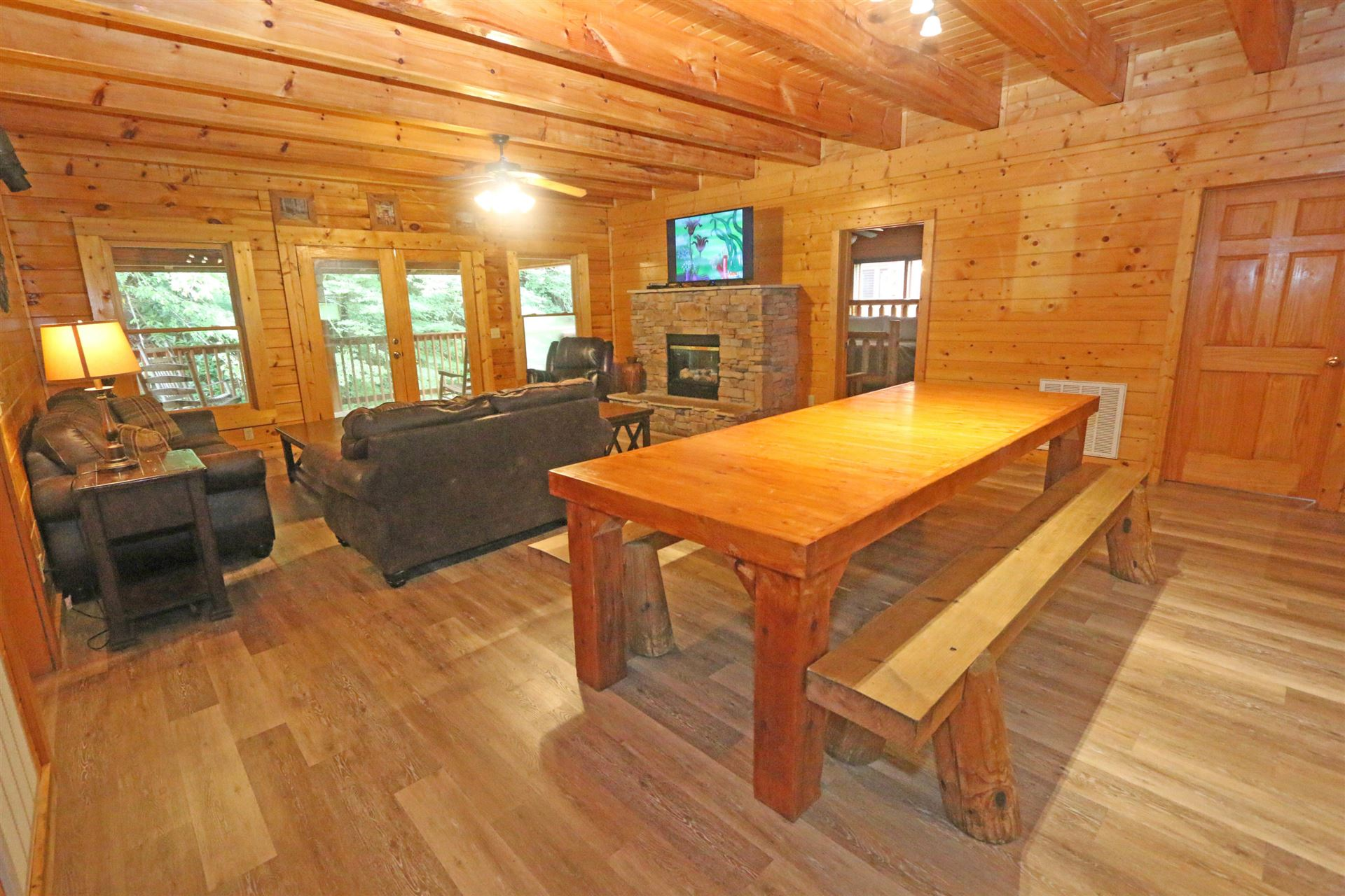 311 Caney Creek Rd Pigeon Forge Tn 37863 Mls 1153751 Listing Information Vylla Home