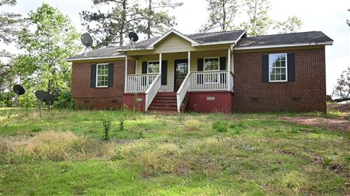 Photo of 305 McKelvey St, Dadeville, AL 36853 (MLS # 21-216)