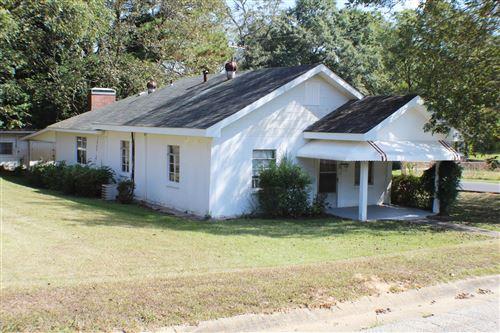 Photo of 549 10th Ave, Alexander City, AL 35010 (MLS # 19-1411)
