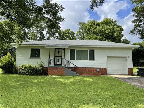 Photo of 1310 Magnolia St, Tallassee, AL 36078 (MLS # 21-917)