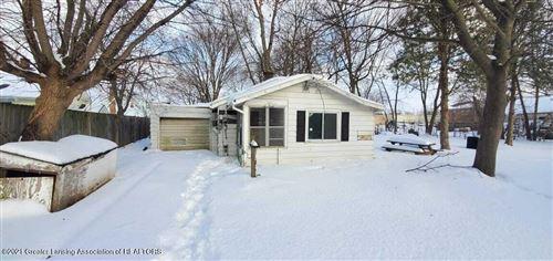Photo of 2609 Maplewood Avenue, Lansing, MI 48910 (MLS # 253210)