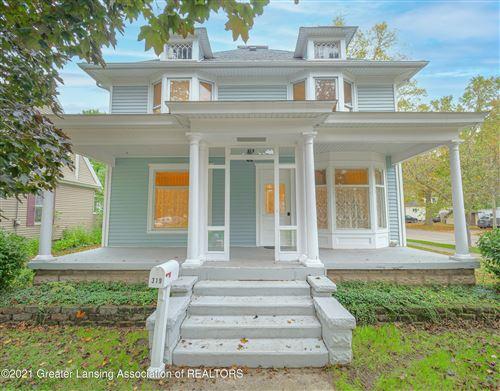 Photo of 319 Warren Avenue, Charlotte, MI 48813 (MLS # 260278)