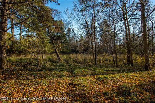 Tiny photo for 2030 Lake Lansing Road, Lansing, MI 48912 (MLS # 255382)