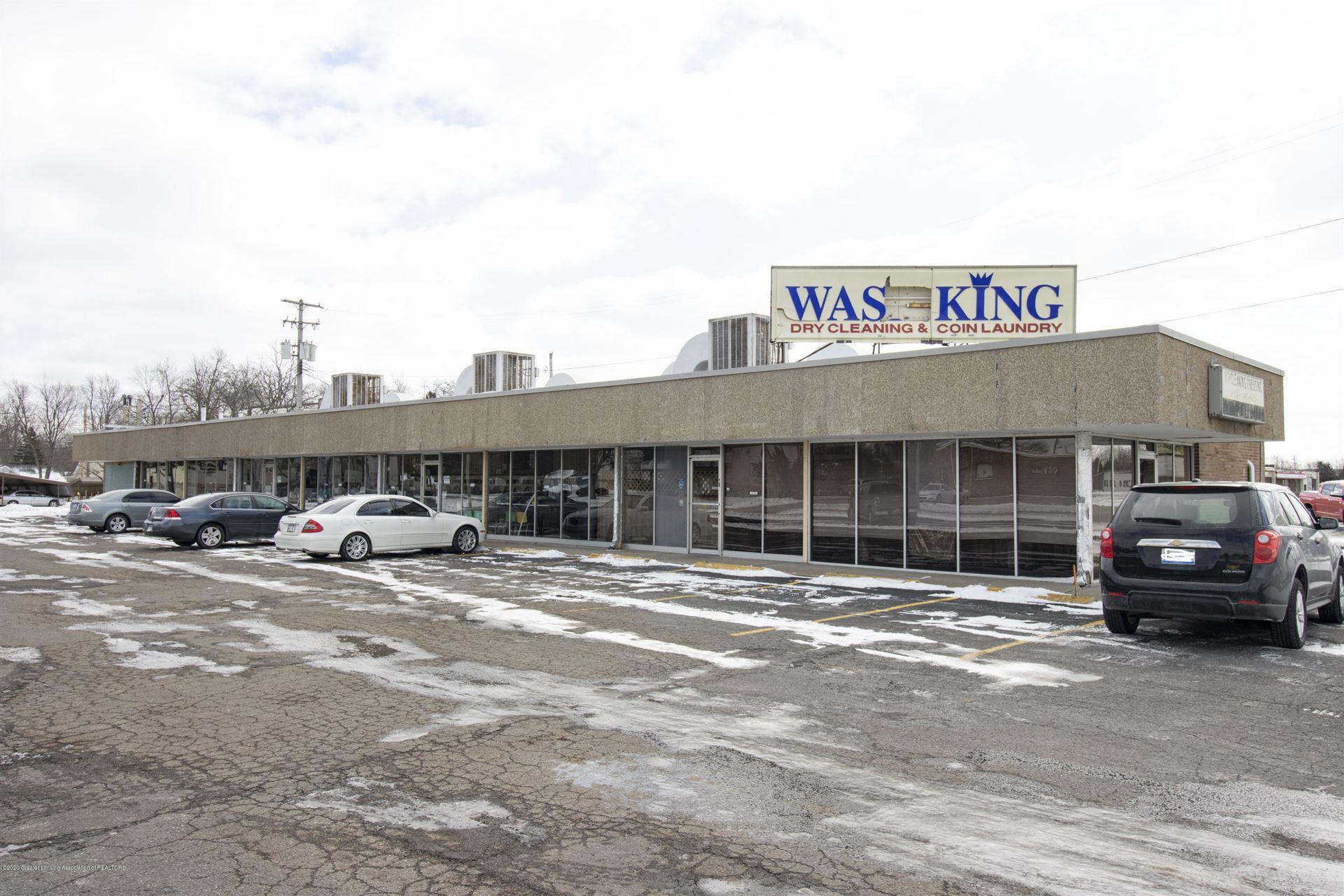 Photo of 516 Elmwood Road, Lansing, MI 48917 (MLS # 244416)