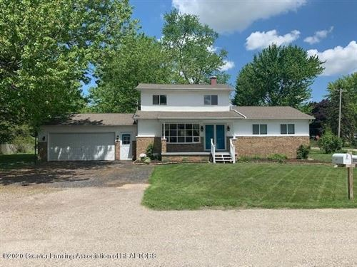 Photo of 2371 E Bradford Drive, Flint, MI 48507 (MLS # 246437)