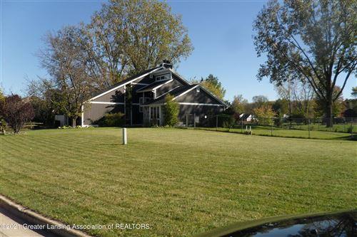 Photo of 1544 Stonehaven Drive, Holt, MI 48842 (MLS # 260559)