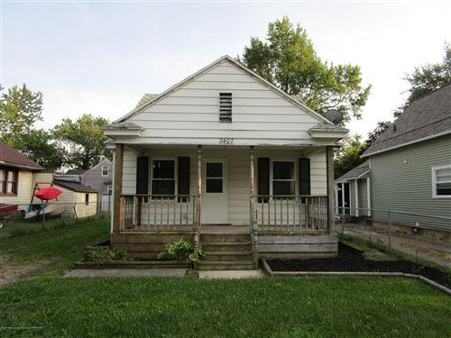 Photo of 2407 W Kalamazoo Street, Lansing, MI 48917 (MLS # 249596)