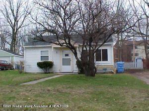 Photo of 1404 Warwick Drive, Lansing, MI 48910 (MLS # 260637)