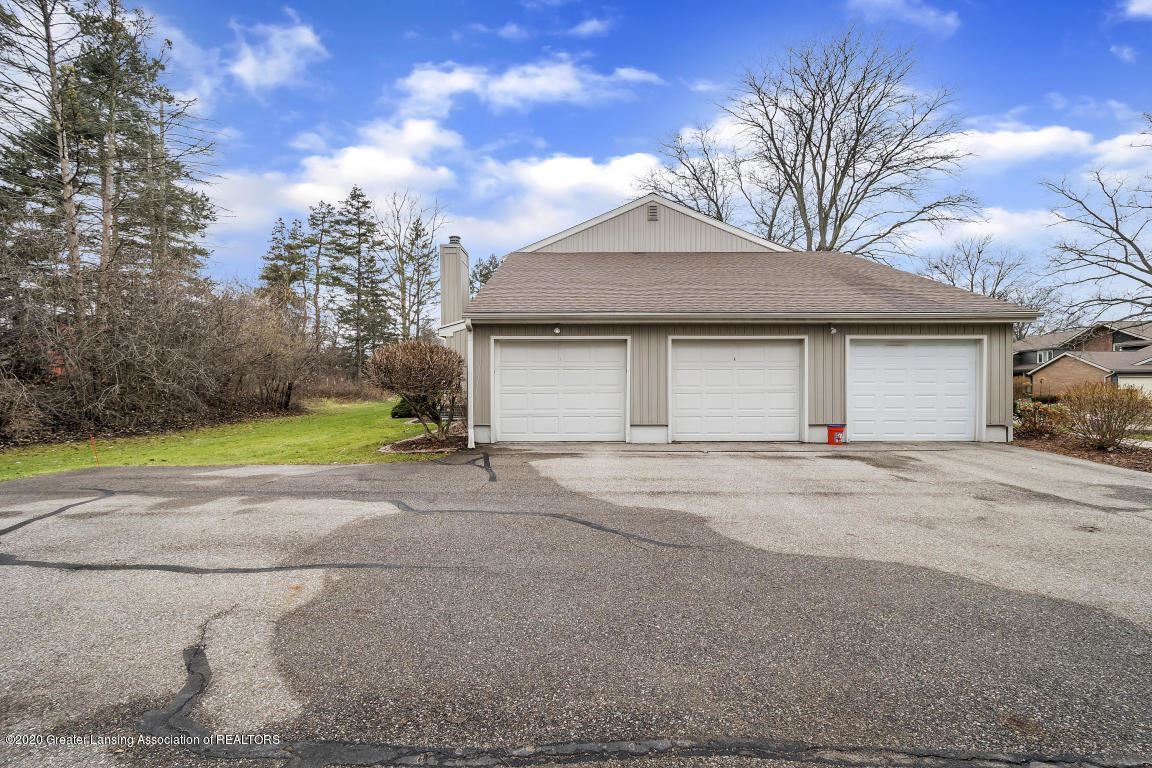 Photo of 1283 N Chartwell Carriage Way, East Lansing, MI 48823 (MLS # 244662)