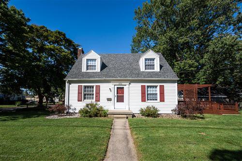 Photo of 1814 W Maple Street, Lansing, MI 48915 (MLS # 249841)