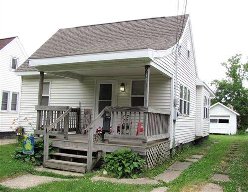 Photo of 617 N Clemens Avenue, Lansing, MI 48912 (MLS # 250859)