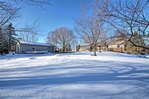 Photo of 14810 W Stoll Road, Eagle, MI 48822 (MLS # 252867)