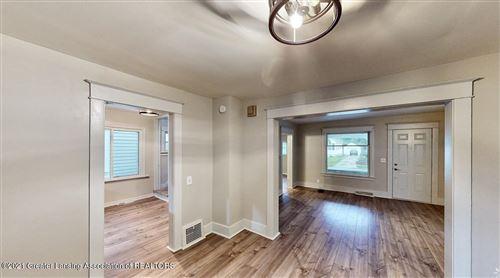 Photo of 507 N Clemens Avenue, Lansing, MI 48912 (MLS # 259885)