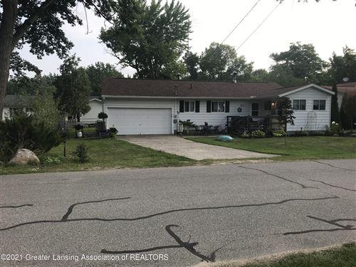 Photo of 122 Beechwood Avenue, Houghton Lake, MI 48629 (MLS # 257887)