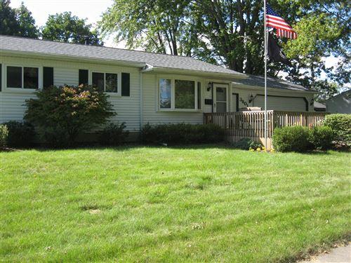Photo of 3801 Glenbrook Dr. Drive, Lansing, MI 48911 (MLS # 249910)